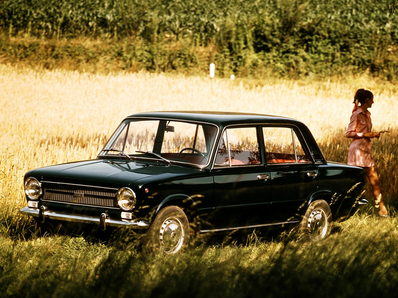 fiat_124_sedan_1972